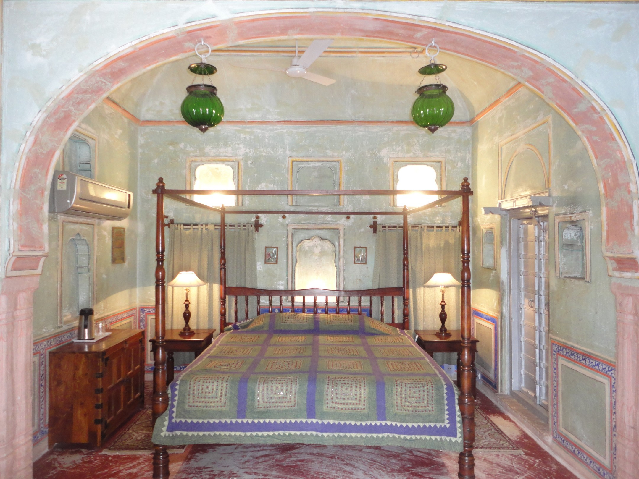 best hotels in ranthambore